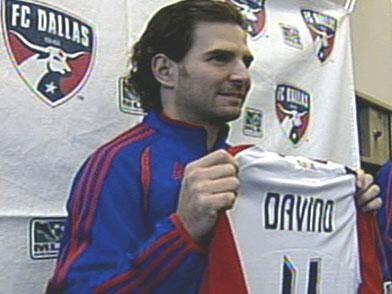Mundialista con El Tri en Francia 98, el defensa central Duilio Davino j...