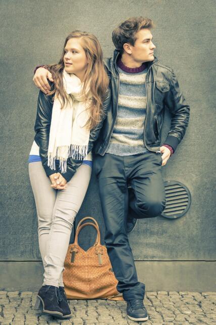 ¿Por qué a las mujeres les atraen los hombres altos?