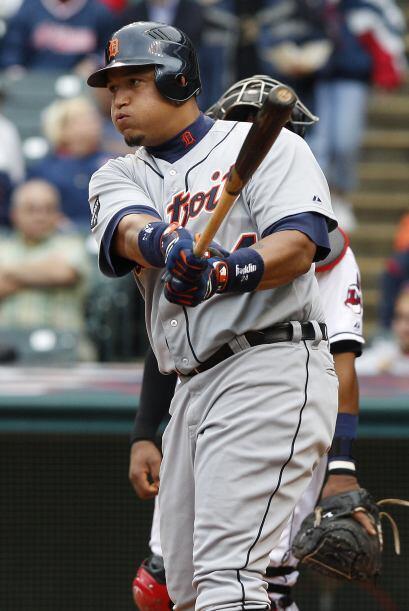 1B. Miguel Cabrera. Tigres de Detroit. En el 2011, Cabrera tiene un porc...
