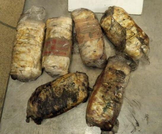 Cuando se trata de contrabando, los narcotraficantes no escatiman de cre...