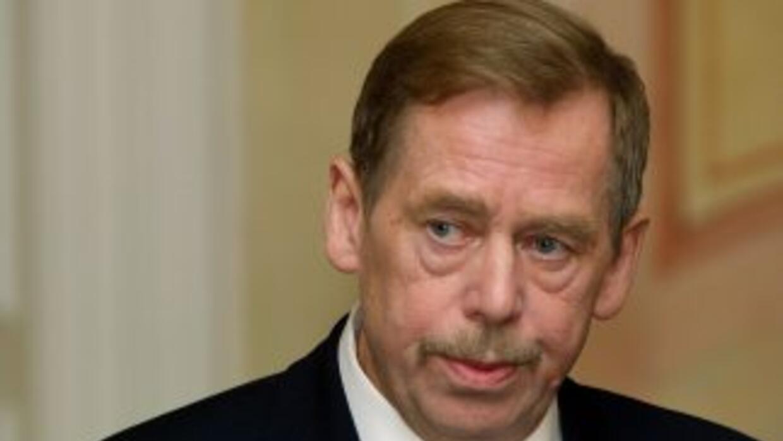 Durante los últimos meses, Vaclav Havel pasaba la mayor parte del tiempo...