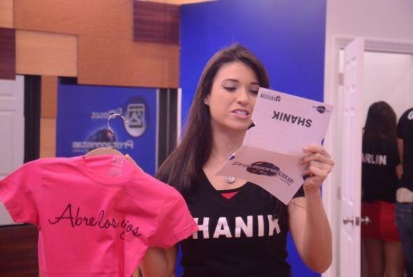 Univision.com les envió una sorpresa a los chicos. Ellos buscaron la man...