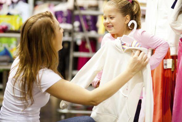 Ahorra en indumentaria. Evita gastar de más, comprando ropa al final de...