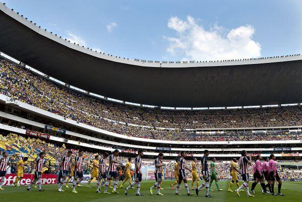 América y Chivas disputan un clásico más del fútbol mexicano, así que te...