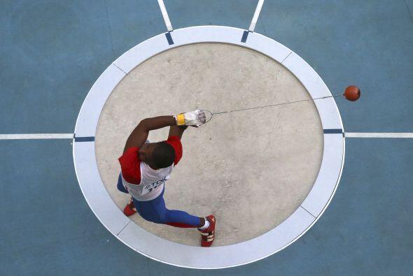 La prueba varonil de lanzamiento de martillo fue dominada por los cubano...