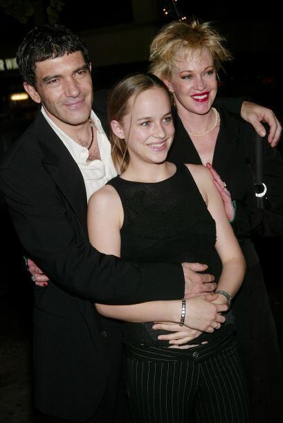 Dakota ha convivido por igual con la familia de su padre y la de su madr...