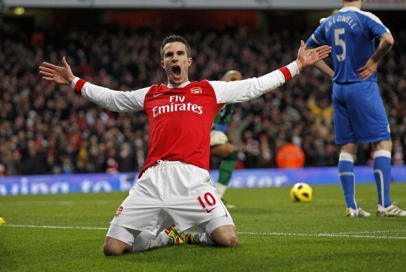 Robin Van Persie está en un muy buen momento y en el Arsenal lo disfrutan.