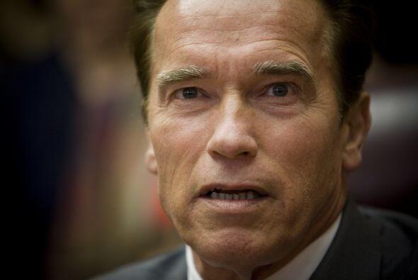 El gobernador Arnold Schwarzenegger anunció ayer una sesió...