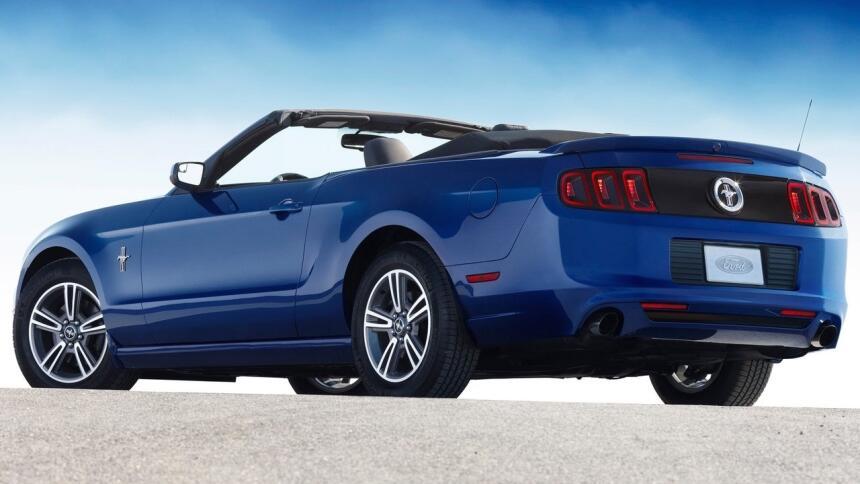 Estos son los autos con el mayor índice de mortalidad en EEUU Ford-Musta...