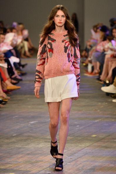 ¡Busca un suéter que refleje tu personalidad! Al ser un 'must' de la tem...
