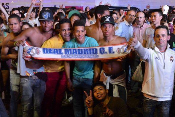 De esta manera, el Real Madrid dio por concluido el festejo de su decimo...