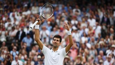 En fotos: Novak Djokovic finalmente venció a Rafael Nadal y es finalista en Wimbledon
