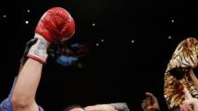 El estadounidense Danny Garcia añadió el título de la Asociación Mundial...