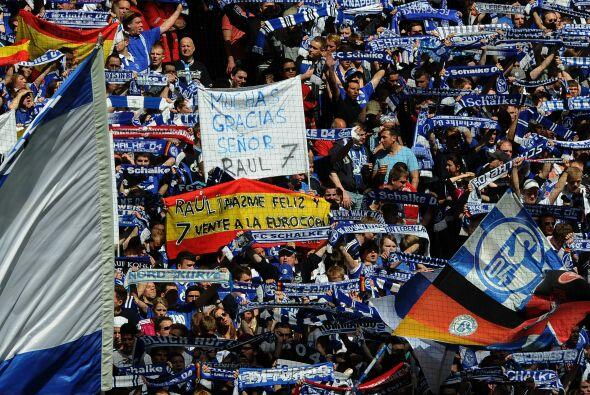 La gente enloqueció en la goleada 4 a 0 sobre el Hertha.