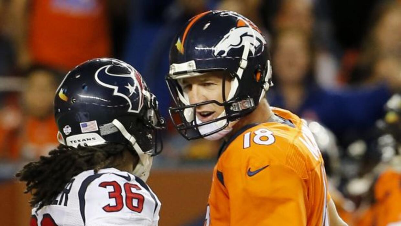 El quarterback de los Denver Broncos Peyton Manning se hizo de palabras...