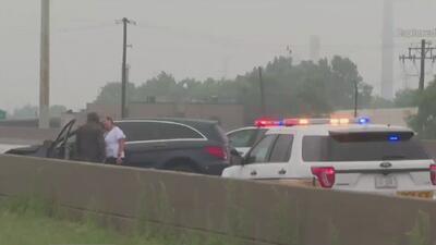 Autoridades investigan el tiroteo que dejó una persona muerta en la autopista Stevenson