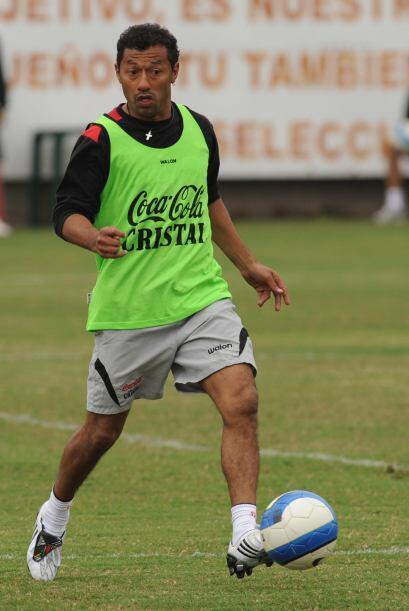 El peruano Roberto Palacios tiene 38 años. Se lo conoce como el ´chorri´...