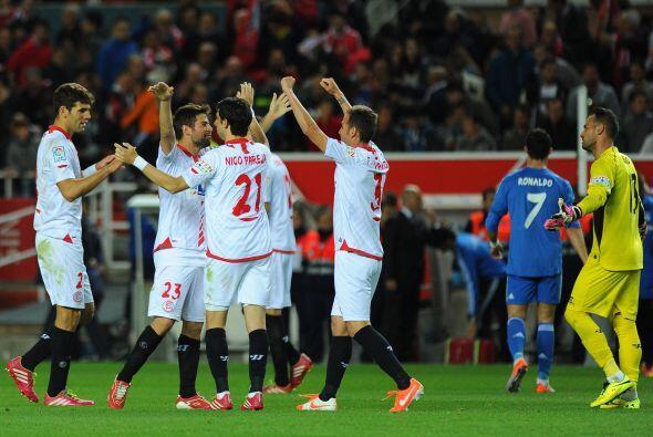 Aunque sólo cinco minutos después, el Sevilla apost&oacute...