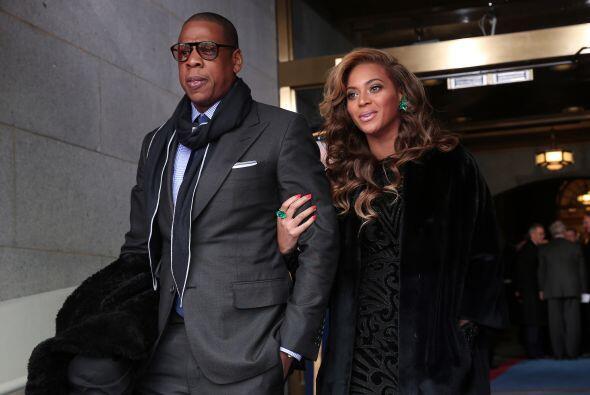 Beyoncé y Jay Z son una pareja muy poderos. Mira aquí los videos más chi...