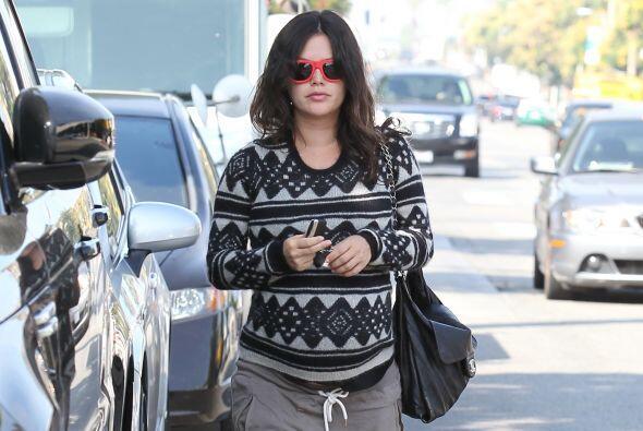 No pueden negar que la actriz luce adorable con su pancita.