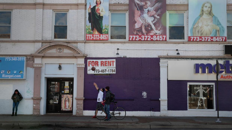 Una propiedad en alquiler en un barrio predominantemente hispano en Chic...