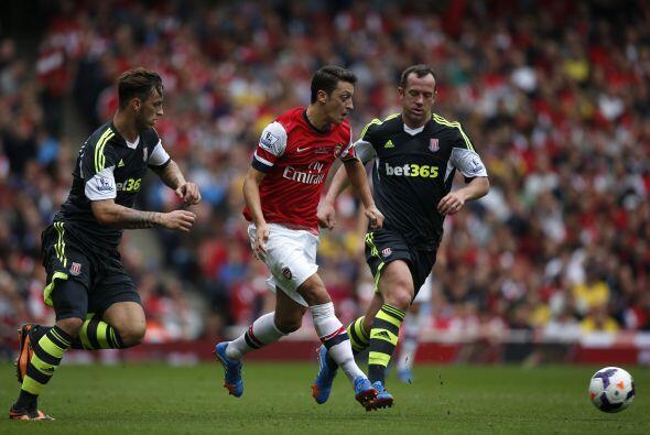 Por su parte, el Arsenal enfrentó al Stoke City.
