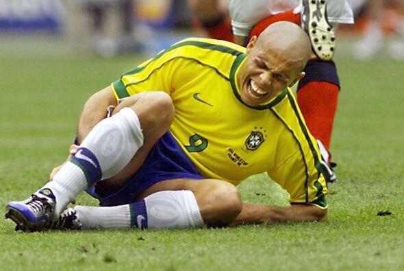 Con el uniforme de la selección brasileña recibió lo suyo, tanto en Mund...