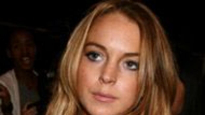 Le pegaron a Lindsay Lohan en su cumpleaños b53a50322167409792a2cd2a40a4...