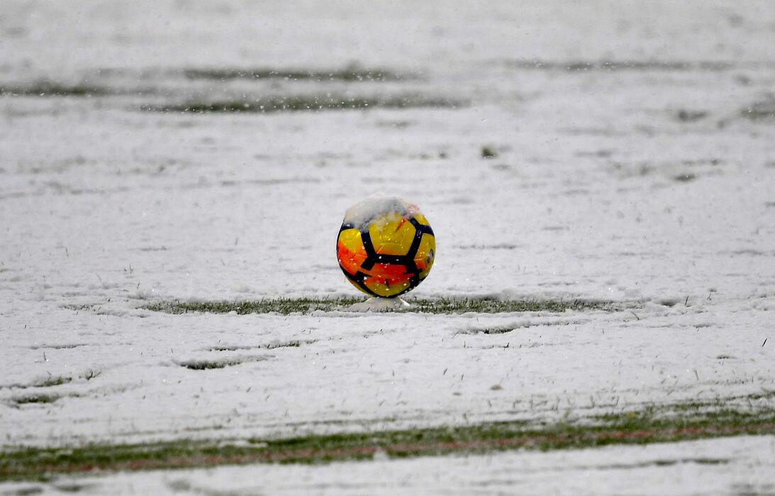Intensa nevada obligó a posponer el Juventus-Atalanta en la Serie A gett...