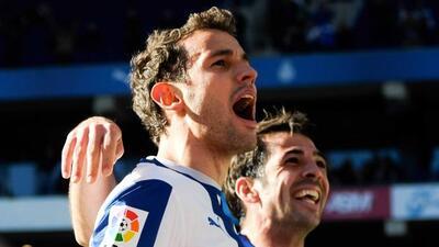 El uruguayo Stuani tuvo un gran partido, con dos tantos ante Almería.