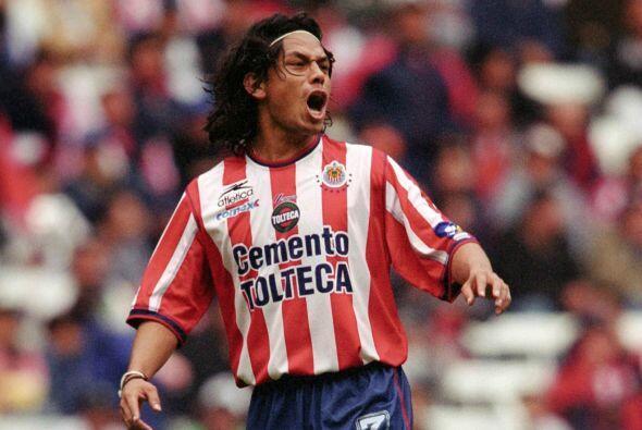 El Clausura 2003 presentó un duelo cerrado entre rojiblancos y la Franja...