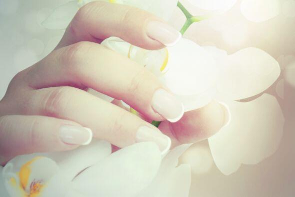 Frutas. Están cargadas de vitaminas que pueden contribuir a tener uñas f...