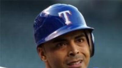 Nelson Cruz, jardinero y gran toletero de los Rangers de Texas apareció...
