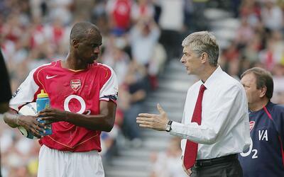 Arsene dirigió a Patrick en el Arsenal de 1996 al 2005.