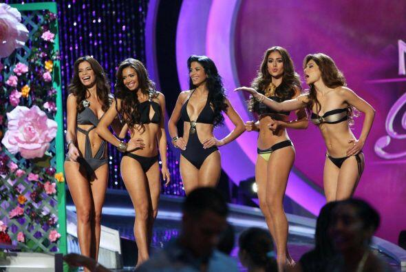 Desfilaron en bikini porque con tu voto lo pediste así que devórate esta...