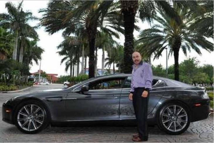 Lupillo Rivera regala un vehículo todoterreno a su hijo Screen Shot 2017...