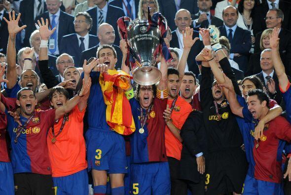 El título volvió a manos del Barcelona, la segunda vez que Puyol alzaba...