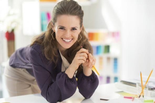 Inducir pensamientos positivos contribuye a que crees el estado mental a...