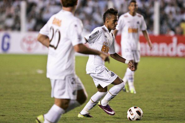 El Santos con Neymar a la cabeza llega al juego luego de haber alcanzado...