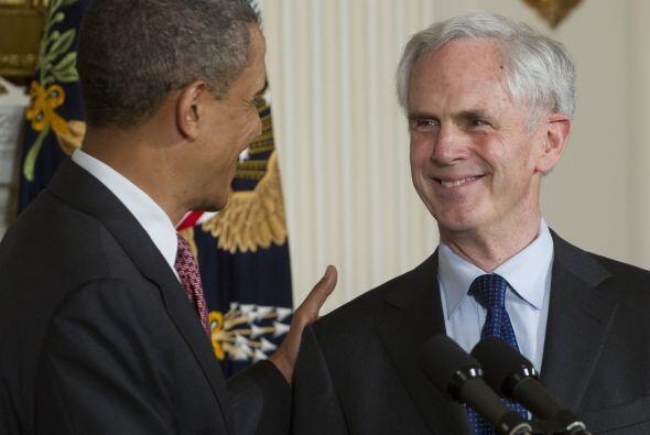 """De acuerdo con el Presidente """"John va a aportar a este puesto muchísima..."""