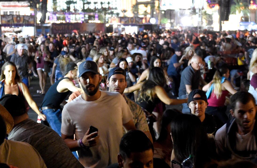 Los disparon provocaron la estampida de miles de asistentes al concierto...