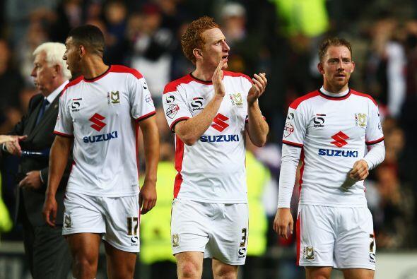 El conjunto del Dons ampliaba su ventaja contra un Manchester United que...