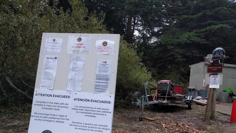 Esta información en inglés y español explica a los evacuados que son bie...