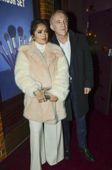La actriz veracruzana brilló en una fiesta en Covent Garden, Londres.