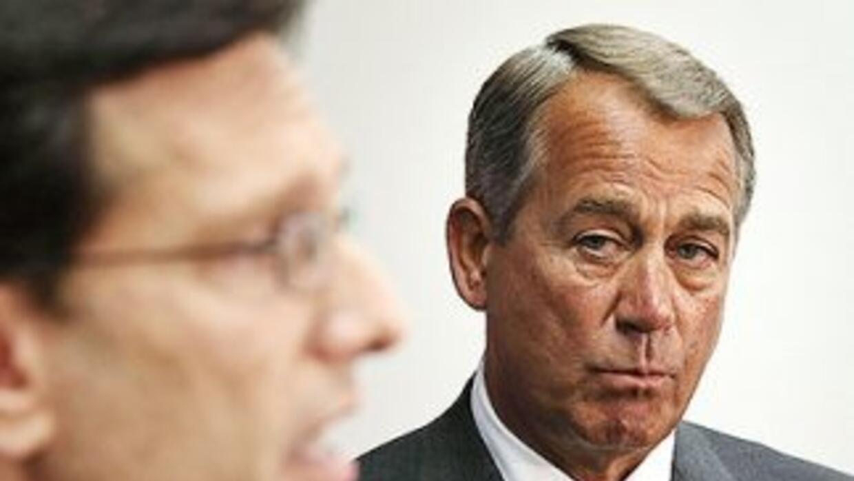 El presidente del Congreso, John Boehner (republicano de Ohio), observa...