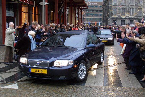 Holanda: Sin embargo, para los viajes oficiales, la realeza de Holanda p...
