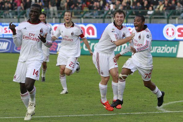 Esta reciente incorporación del Milan se estrenó con un pase para gol a...
