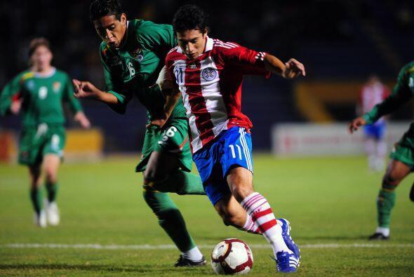 Paraguay sumó sus tres primeros puntos en la zona. En la apertura...