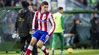 El delantero mexicano podría salir del Atlético para tener mayor actividad.
