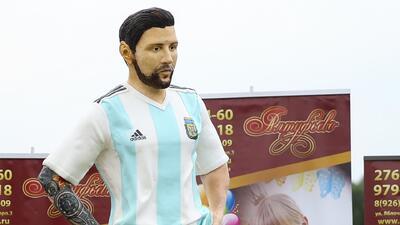 Rusos hicieron una torta de Lionel Messi en tamaño real para celebrarle su cumpleaños 31